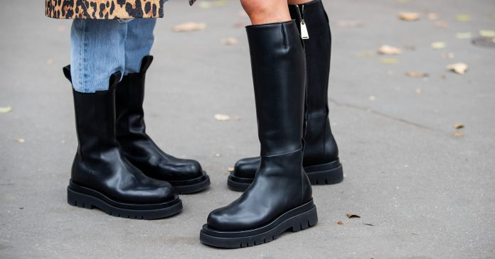 The Chunky Shoe Style Fashion Girls Are Wearing In Paris