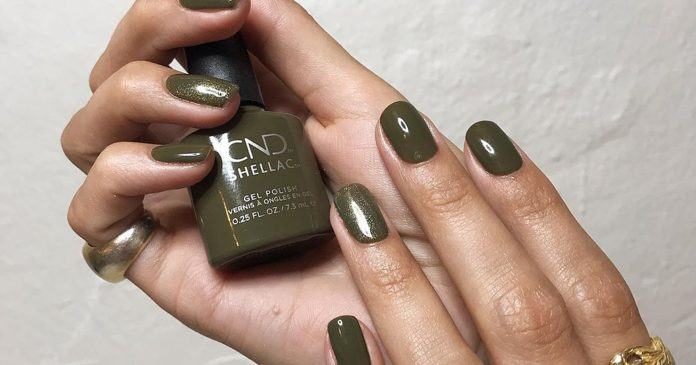 Why Fall's Olive Manicure Is Chicer Than Black