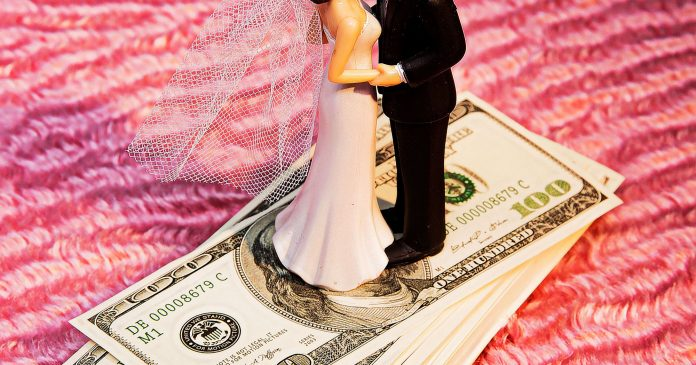 20 Women Share Who Paid For What At Their Weddings