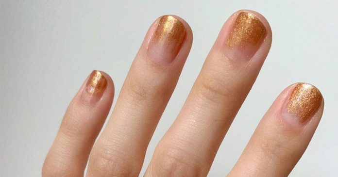 The Best Glitter Nail Polishes For Fall, According To The Pros