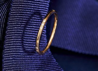 This Secret Message Ring Uses Victorian-Era Code To Create A Modern Gift