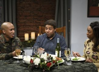 SNL tackles the political divide and the electoral college with a Christmas dinner spoof