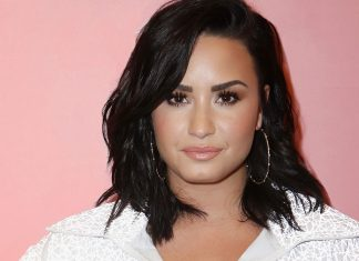 "Demi Lovato Honors A ""Rebirth"" Of Her Spirit With A New Upper Back Tattoo"