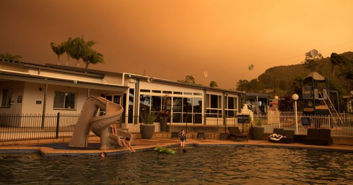 Australia's hellish heat wave and wildfires, explained