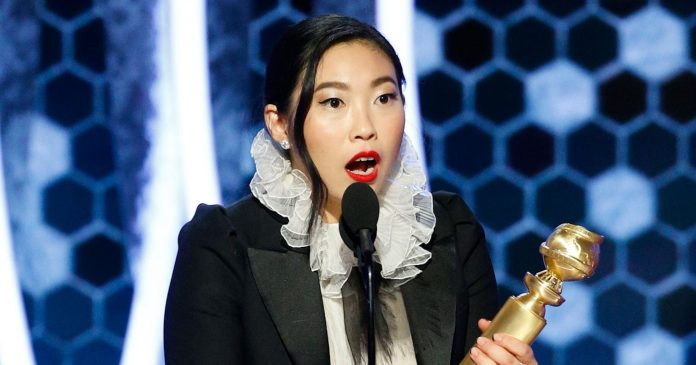 Awkwafina Went To Her First Golden Globes, Won A Golden Globe — & Made History