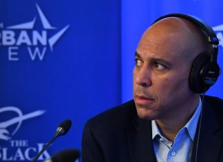Why didn't Cory Booker catch on?