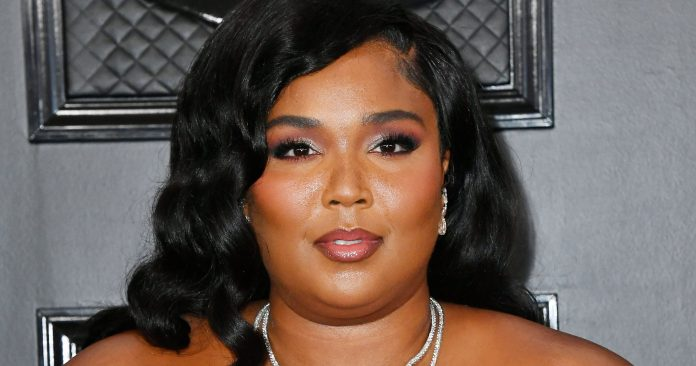 The $18 Moisturizer That Made Lizzo's Grammys Makeup Possible