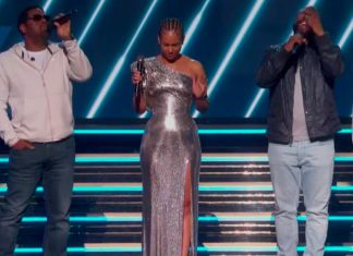 The Grammys opened with a Kobe Bryant tribute from Alicia Keys and Boyz II Men