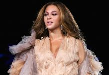 Beyoncé Wears Laker-Gold During A Tribute Performance For Kobe & Gianna Bryant