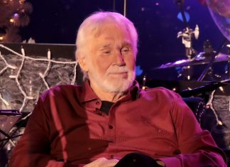 Legendary country star Kenny Rogers has died at 81