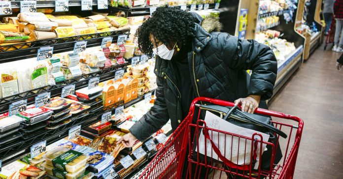 Your coronavirus grocery questions, answered by experts