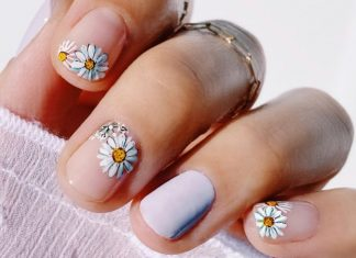 13 Clean Nail Polishes To Buy Before Your Next DIY Mani