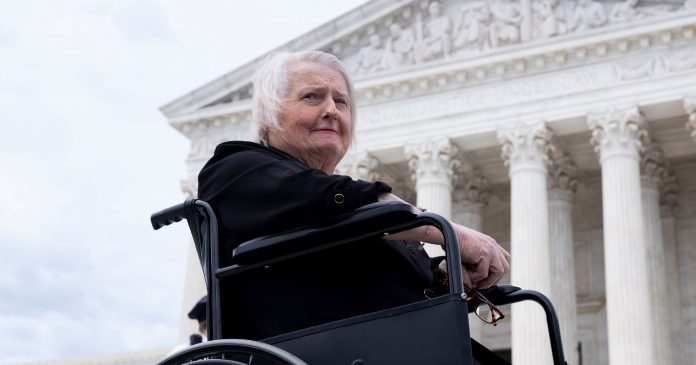 Aimee Stephens, The Trans Woman Who Made Supreme Court History, Dies At 59