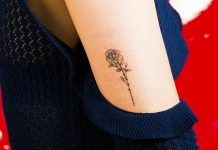 16 Gorgeous Flower Tattoos You Should Get This Season
