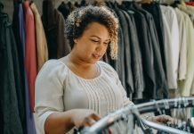 Why Is Shopping For Plus-Size Vintage Clothing So Hard?