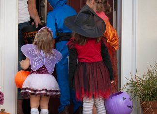 "The CDC Says ""No Screaming"" This Halloween"
