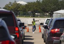 Federaljudge blocks a Texas order limiting ballot drop-off locations