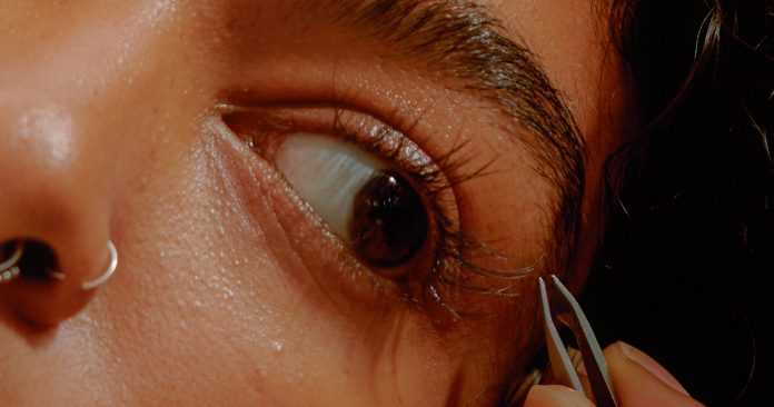 Is It Safe To Get Eyelash Extensions During COVID-19?