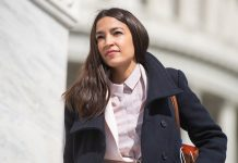 """Here's What Everyone Complaining About AOC's $58 """"Tax The Rich"""" Sweatshirt Missed"""
