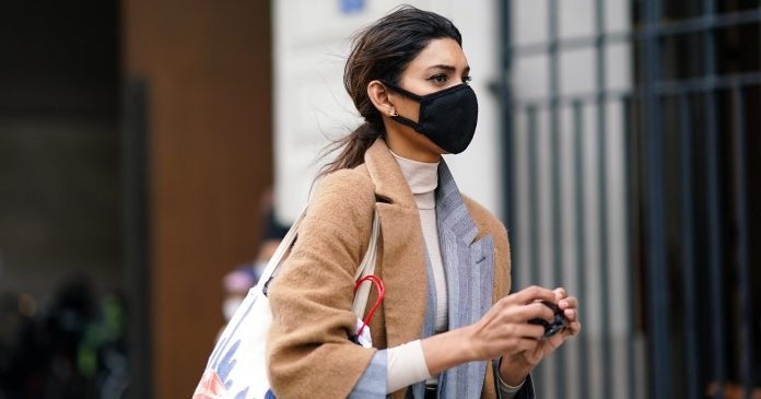 7 Dermatologists On Their Top Tips For Clearing & Preventing Maskne
