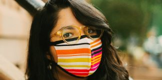 Glasses-Wearers: We Found Face Masks That Won't Fog You Up