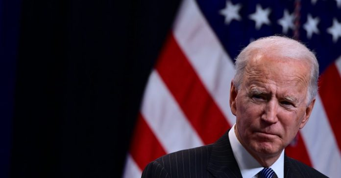 Biden's Covid-19 relief plan has a Medicaid expansion problem