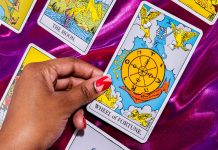 Your Valentine's Day Tarot Reading Says You're About To Get Lucky