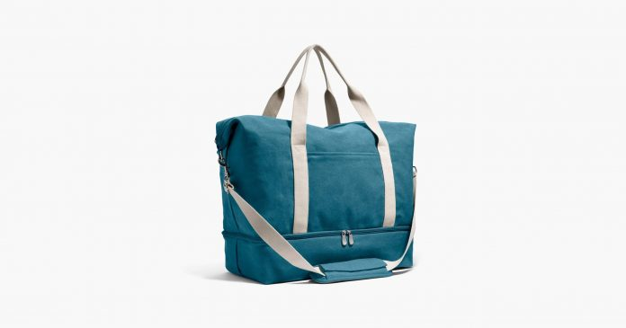 Handbags Are Up To 80% Off At Lo & Sons (& They're Selling Out)