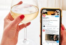 """Everything You Need To Know About Twitter's New """"Super Follow"""" Feature"""