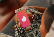The Biggest Dating App Flex Is Being Vaccinated, Says Tinder